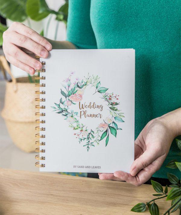 simple wedding planning handy