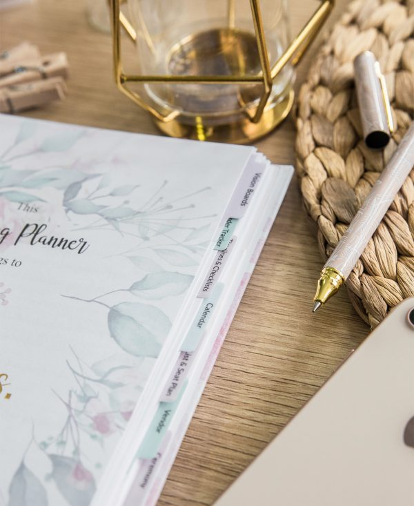 simple wedding planning 10 tabs